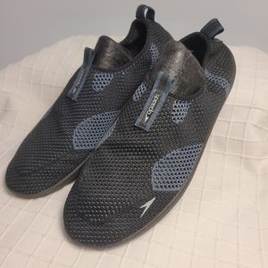 Men's Speedo Flyknit Mesh water shoes 7/8 small